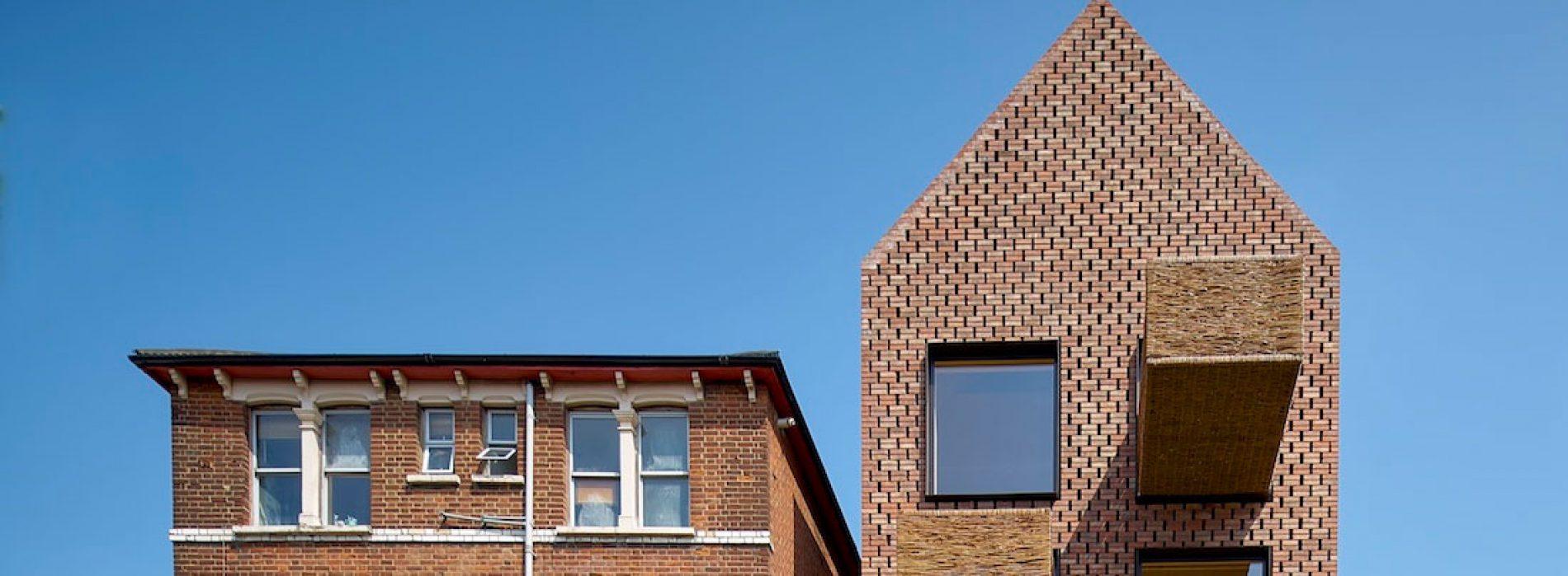 """""""Barretts Grove"""": la palazzina residenziale realizzata con cemento e mattoni a Londra"""